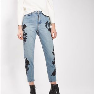 TopShop NWY MOTO embroidered mom jeans 28